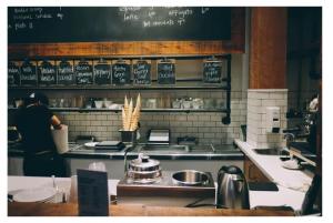Comment gérer les commandes dans un restaurant ?
